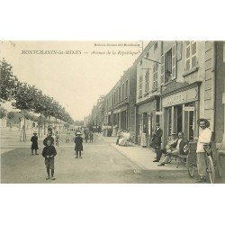71 MONTCHANIN-LES-MINES. Coiffeur et Triporteur Avenue de la République