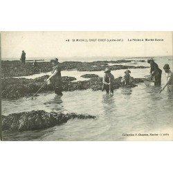 44 SAINT-MICHEL CHEF-CHEF. La Pêche des crustacés à Marée Basse