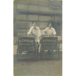 PARIS VIII. Deux Livreurs sur triporteurs de l'Epicerie Chaillot 4 rue Treilhard. Rare photo carte postale ancienne vers 1910