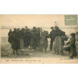 62 BERCK-PLAGE. Retour de Pêche vers 1920 Poissons et Crevettes