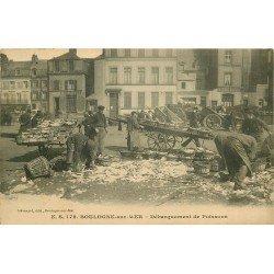 62 BOULOGNE-SUR-MER. Débarquement de Poissons. Pêcheurs et métiers de la Mer