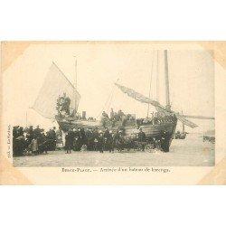 62 BERCK-PLAGE. Arrivée desPêcheurs d'un Bateau de Harengs. Collection La Sirène