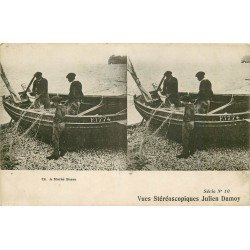 METIERS DE LA MER. Pêcheurs et leurs filets à Marée Basse. Vue stéréoscopiques Julien Damoy