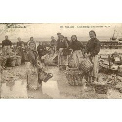 35 CANCALE. L'Embalage des Huîtres 1925