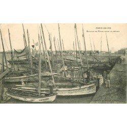 85 SAINT-GILLES-CROIX-DE-VIE. Bateaux de Pêche avant le Départ des Pêcheurs