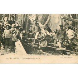 80 LE CROTOY. Pêcheurs de Coques 1924. Bateau et métiers de la Mer