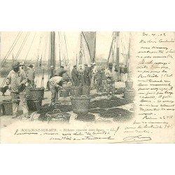 62 BOULOGNE-SUR-MER. Pêcheurs réparant leurs lignes sur le Quai 1902