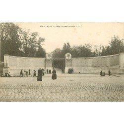 PARIS XX. Cimetière du Père Lachaise. L'Entrée Boulevard de Ménilmontant vers 1900
