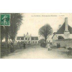 18 SAINT-LOUP-DES-CHAUMES. Belle animation devant la Mairie 1908