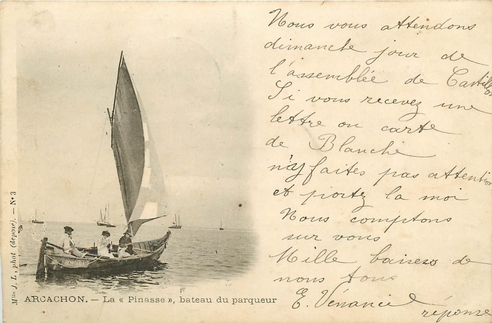 33 ARCACHON. La Pinasse bateau du Parqueur d'Huîtres 1903. Poissons et crustacés