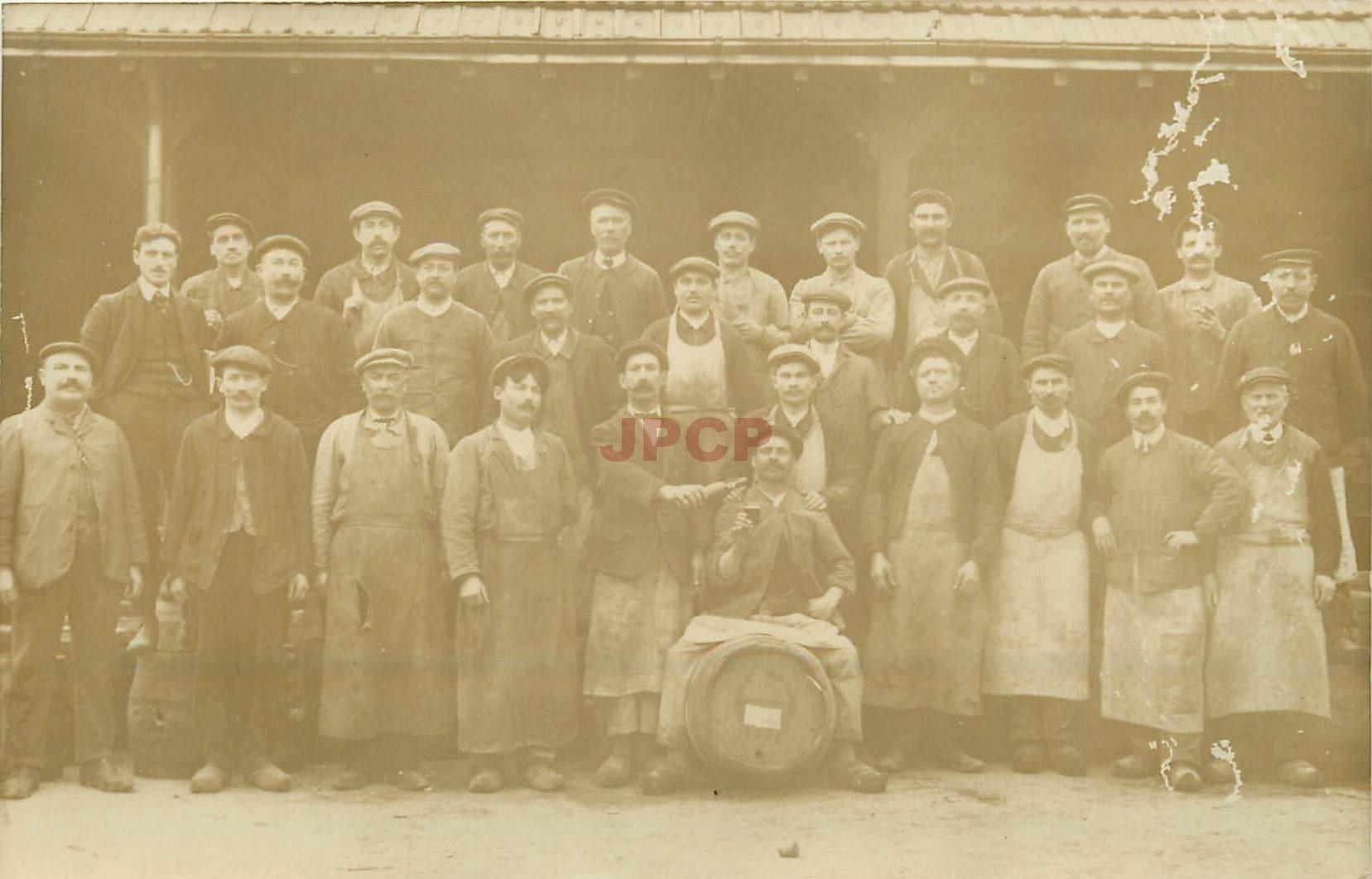 carte postale ancienne 36 CHATEAUROUX. Brasseurs. Brasserie des Marins ou Grillon. Carte Photo rare