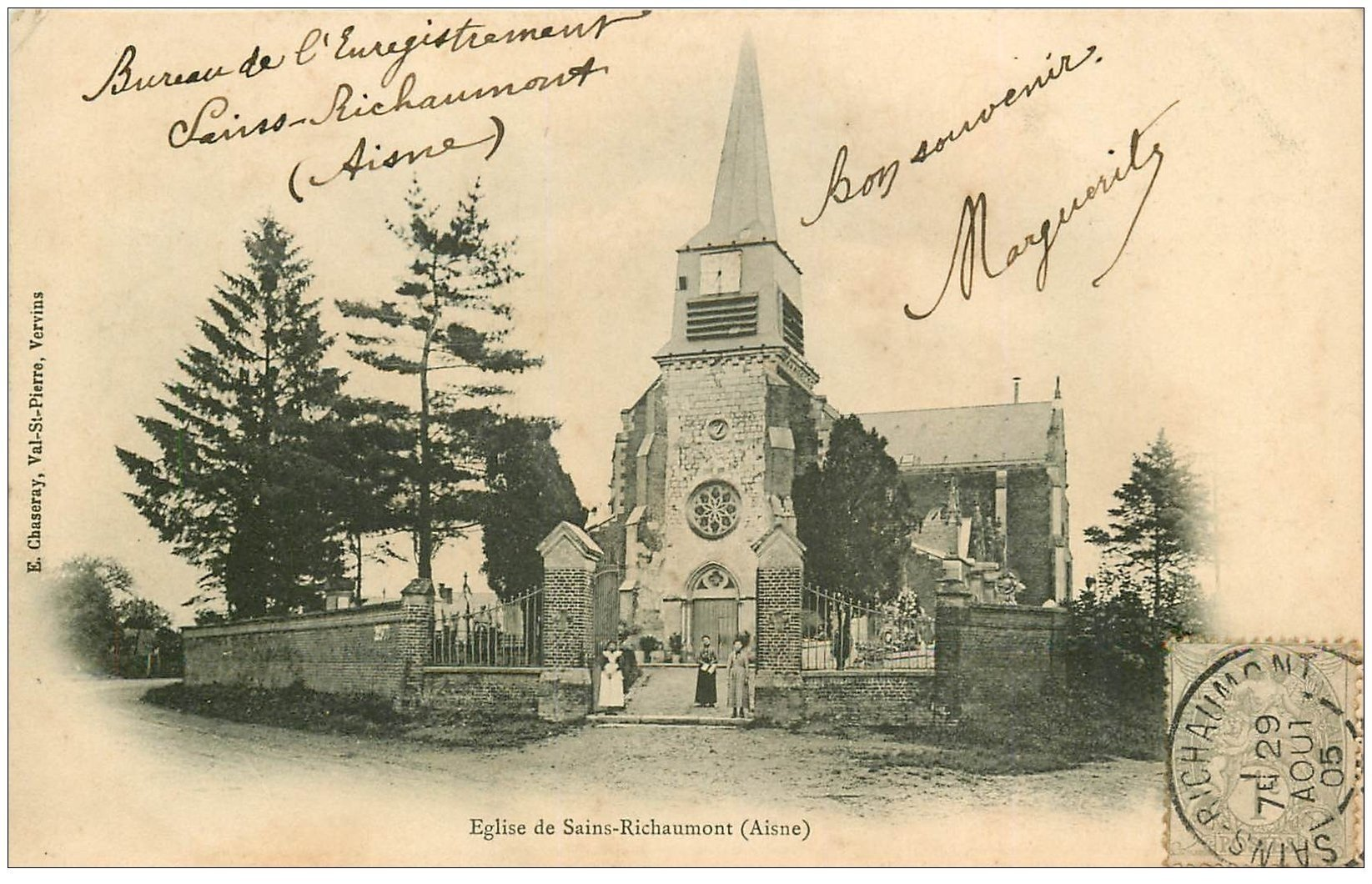 carte postale ancienne 02 SAINT-RICHAUMONT. L'Eglise animée 1905