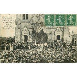 08 NEUVIZY. Eglise et Foule de la Fédération des Oeuvres de Jeunes Filles des Ardennes 1921