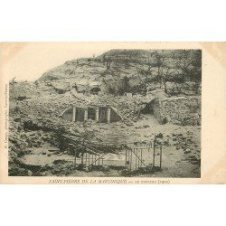 SAINT-PIERRE DE LA MARTINIQUE. Le Théâtre détruit après la Catastrophe de 1902