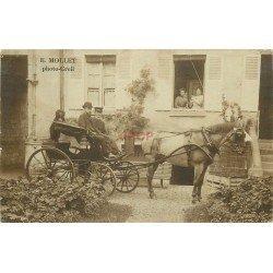 60 CREIL. Superbe attelage devant une maison bourgeoise 1905. Photographie de Mollet. Lieu à identifier