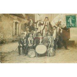 45 BATILLY ET SAINT MICHEL. Les Conscrits musiciens 1908. Photo carte postale