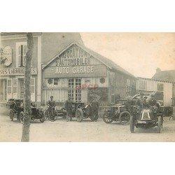 carte postale ancienne 45 CHATILLON-COLIGNY. Aux Classes Laborieuses et Garage Deshaies. Superbes voitures anciennes