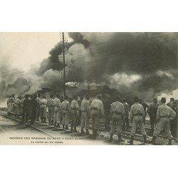 93 SAINT-OUEN. Incendie des Magasins du Nord. La chaîne des Soldats