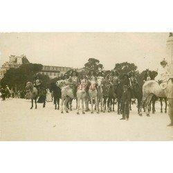 WW 52 CHAUMONT. Le Carvaval avec Cavaliers et Reine en Travestis. Photo carte postale ancienne