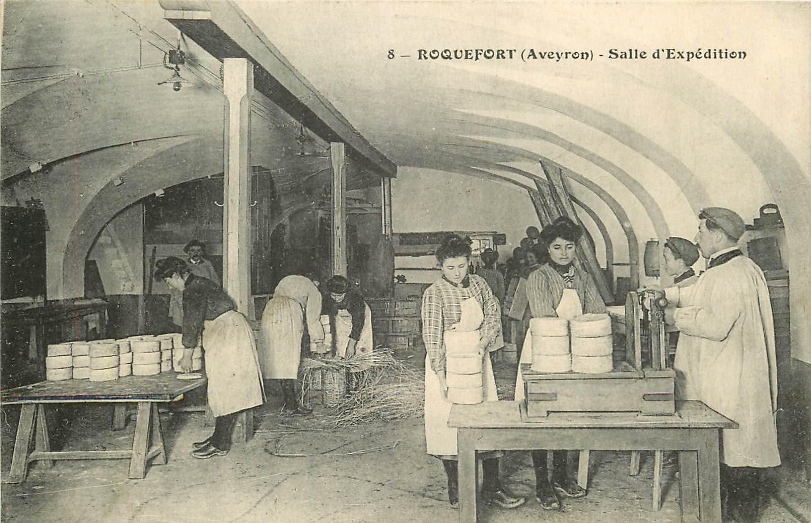 WW 12 ROQUEFORT. Salle d'Expédition des Fromages. Vieux métiers 1911