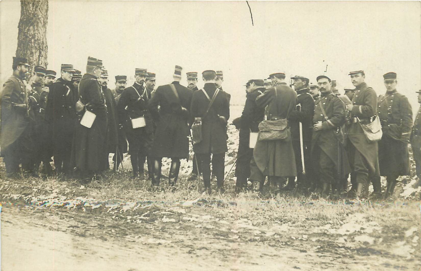 WW 55 VERDUN. Réunion Officiers et de Soldats militaires. Photo carte postale 1916