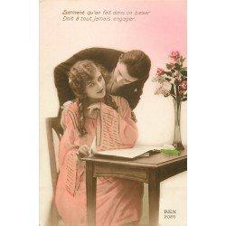 WW FANTAISIE. Jolie femme lisant un journal. Edition Rex