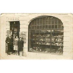COMMERCES. Tabac vente de cartes postales. Photo carte postale ancienne