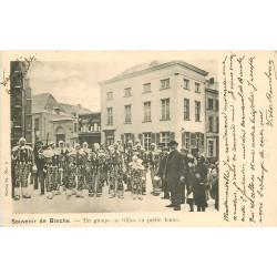 WW BINCHE. Souvenir du Carnaval. Un groupe de Gilles en petite tenue