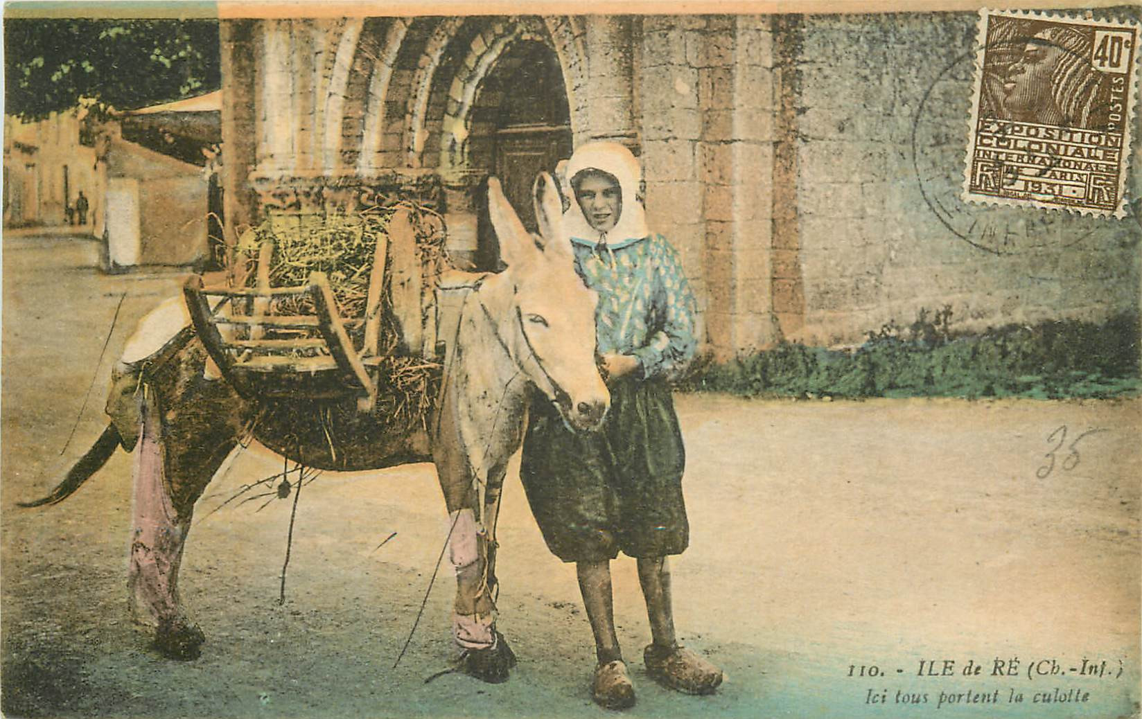 WW 17 ILE DE RE. Ici tous portent la culotte 1931. Ane et Pêcheuse de Crevettes