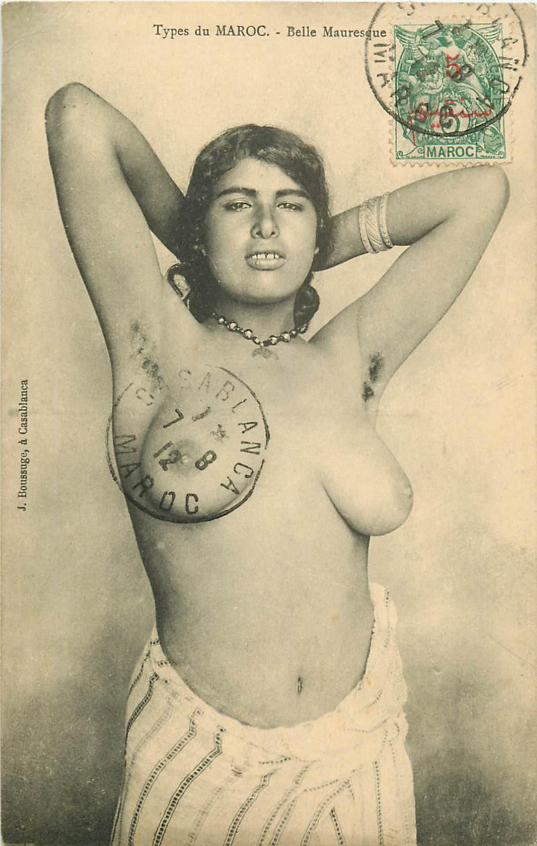 WW MAROC. Belle Mauresque aux seins nus 1912