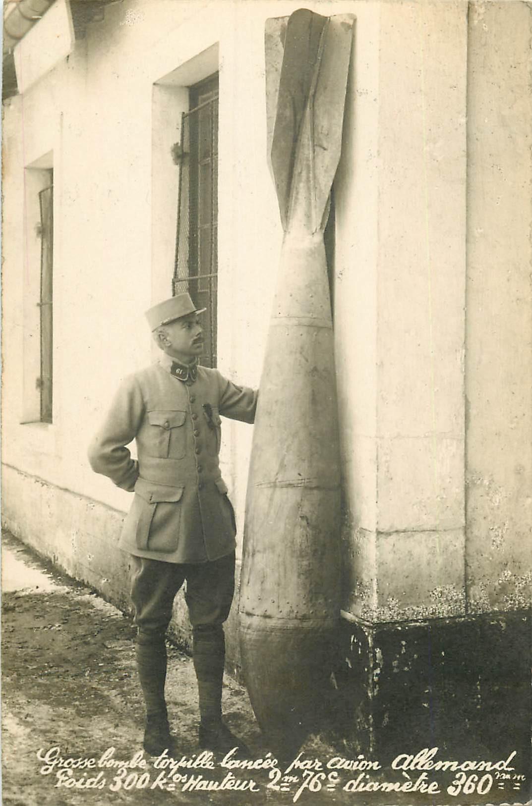 MILITAIRES. Grosse bombe torpille lancée par Avon allemand de 300kg 1918