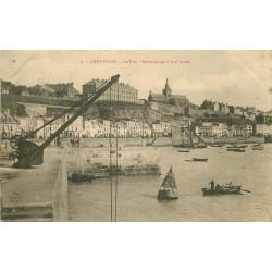 WW 50 GRANVILLE. Remorquage d'une bouée au Port 1904