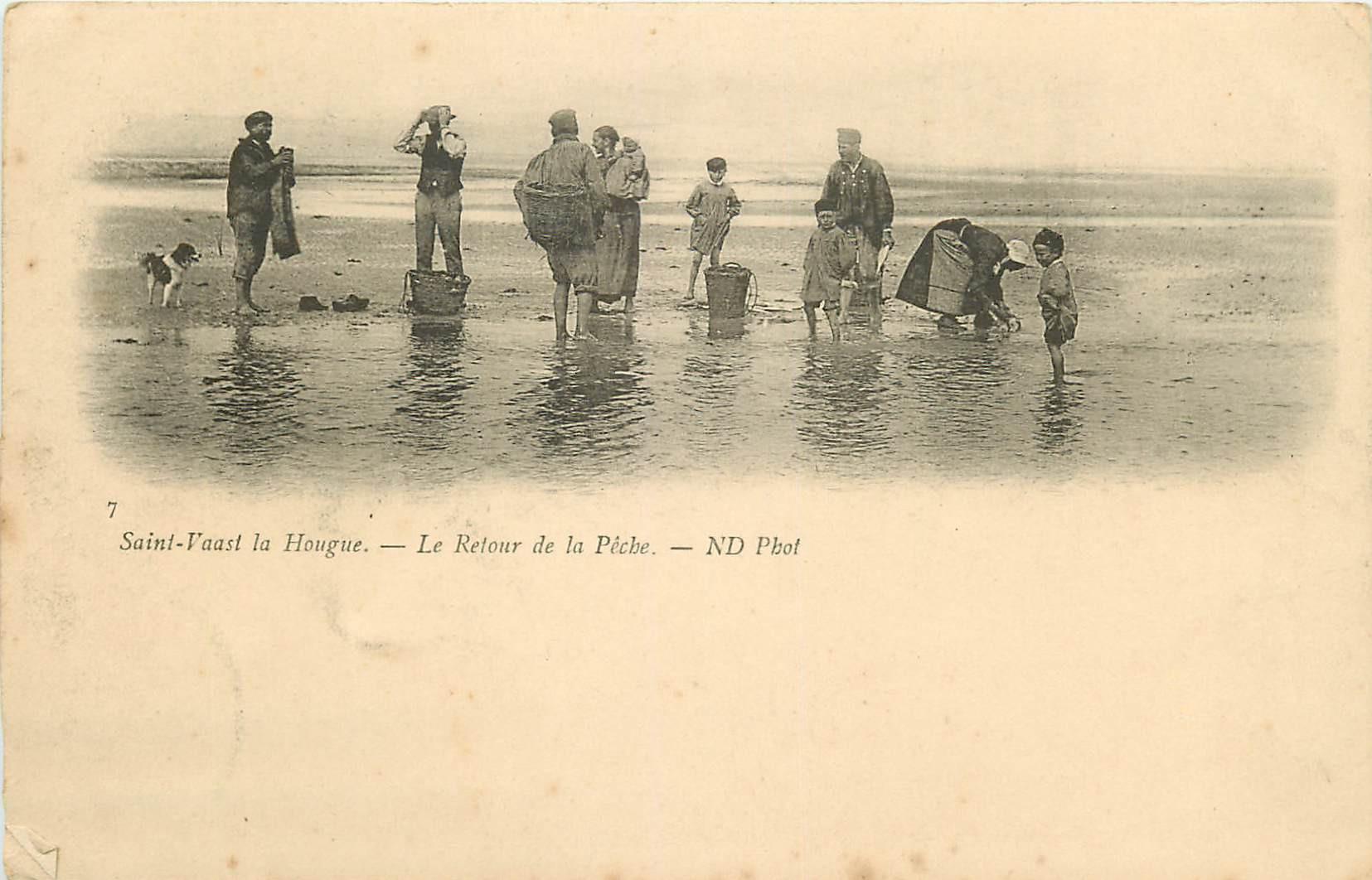 WW 50 SAINT-VAAST-LA-HOUGUE. Le Retour de la Pêche aux Crustacés vers 1900