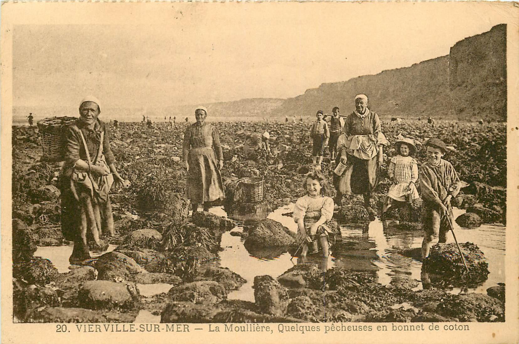 WW 14 VIERVILLE-SUR-MER. La Moullière ou Moulière et quelques Pêcheuses en bonnet de coton