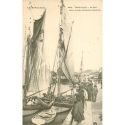 WW 14 TROUVILLE. Le Port avec Bateaux de Pêche vers 1900