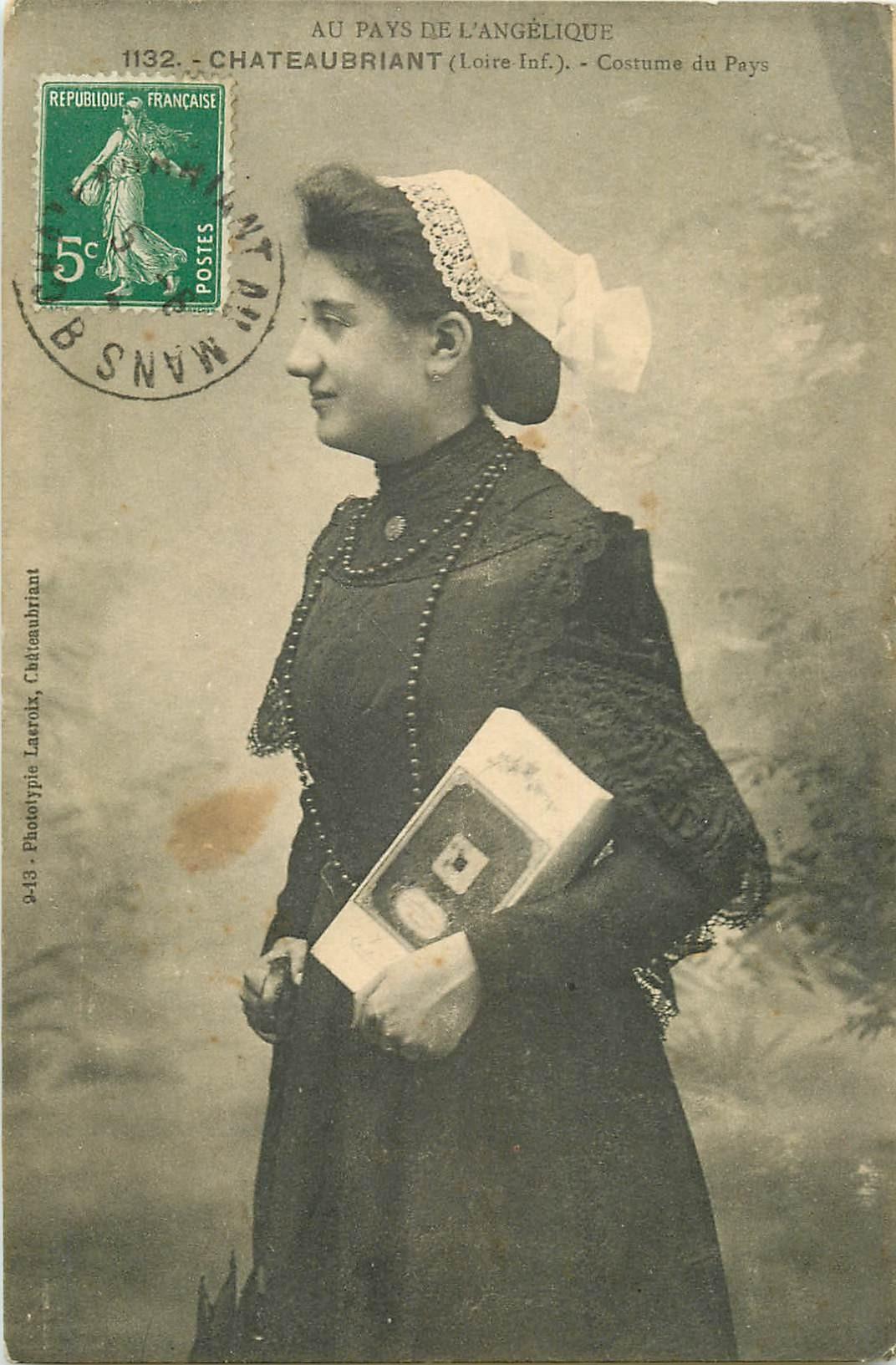 WW PAYS DE LOIRE. Costume de Châteaubriant vers 1912