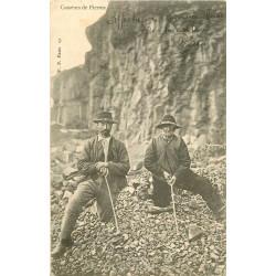WW 15 AURILLAC. Les Casseurs de Pierres 1903 Vieux métiers des Carrières et Mines