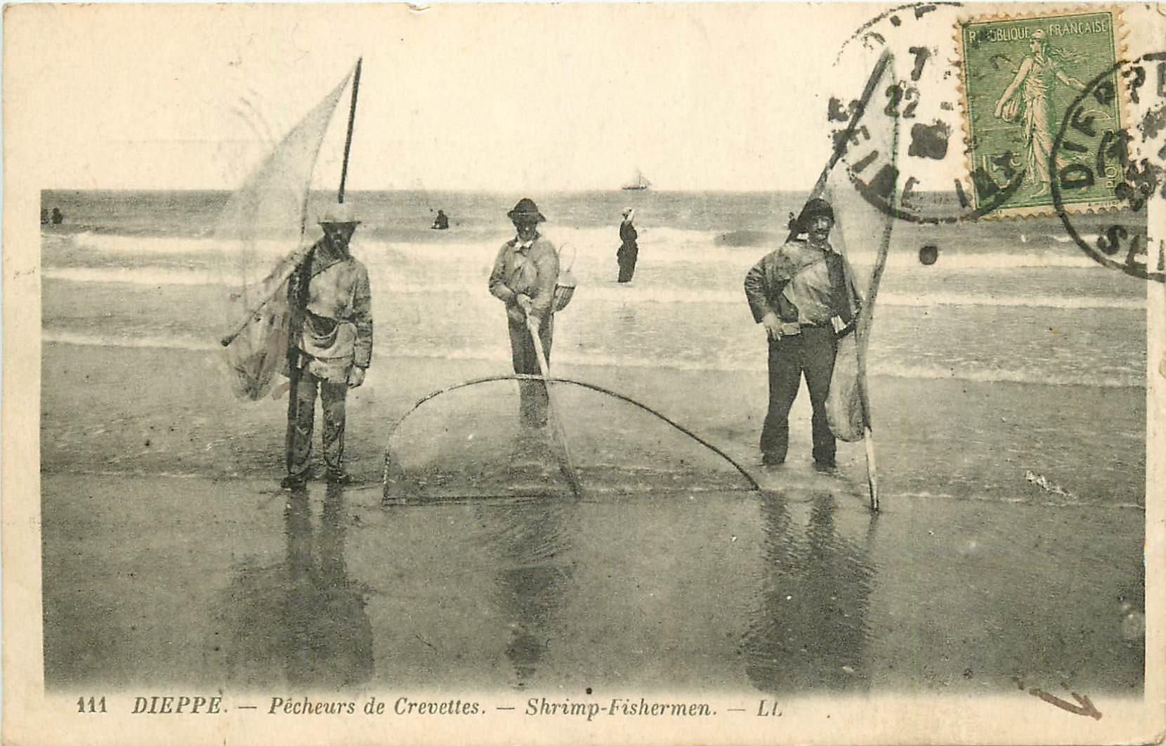 76 DIEPPE. Pêcheurs de Crevettes 1926. Métiers de la Mer