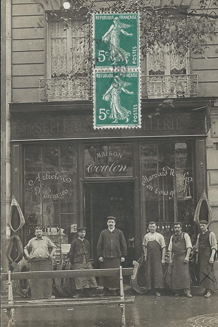 PARIS IX. Sellerie Coulon au 146 Boulevard Haussmann. Photo carte postale 1910
