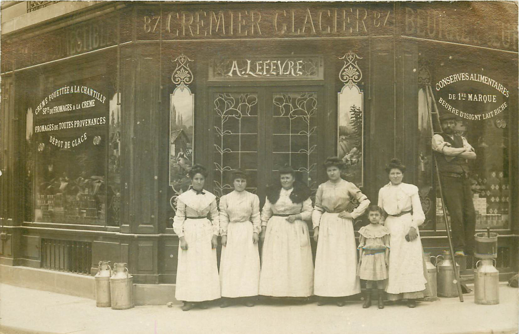 WW PARIS XVI. Crémier Glacier Lefèvre rue de l'Annonciation 1907. Photo carte postale