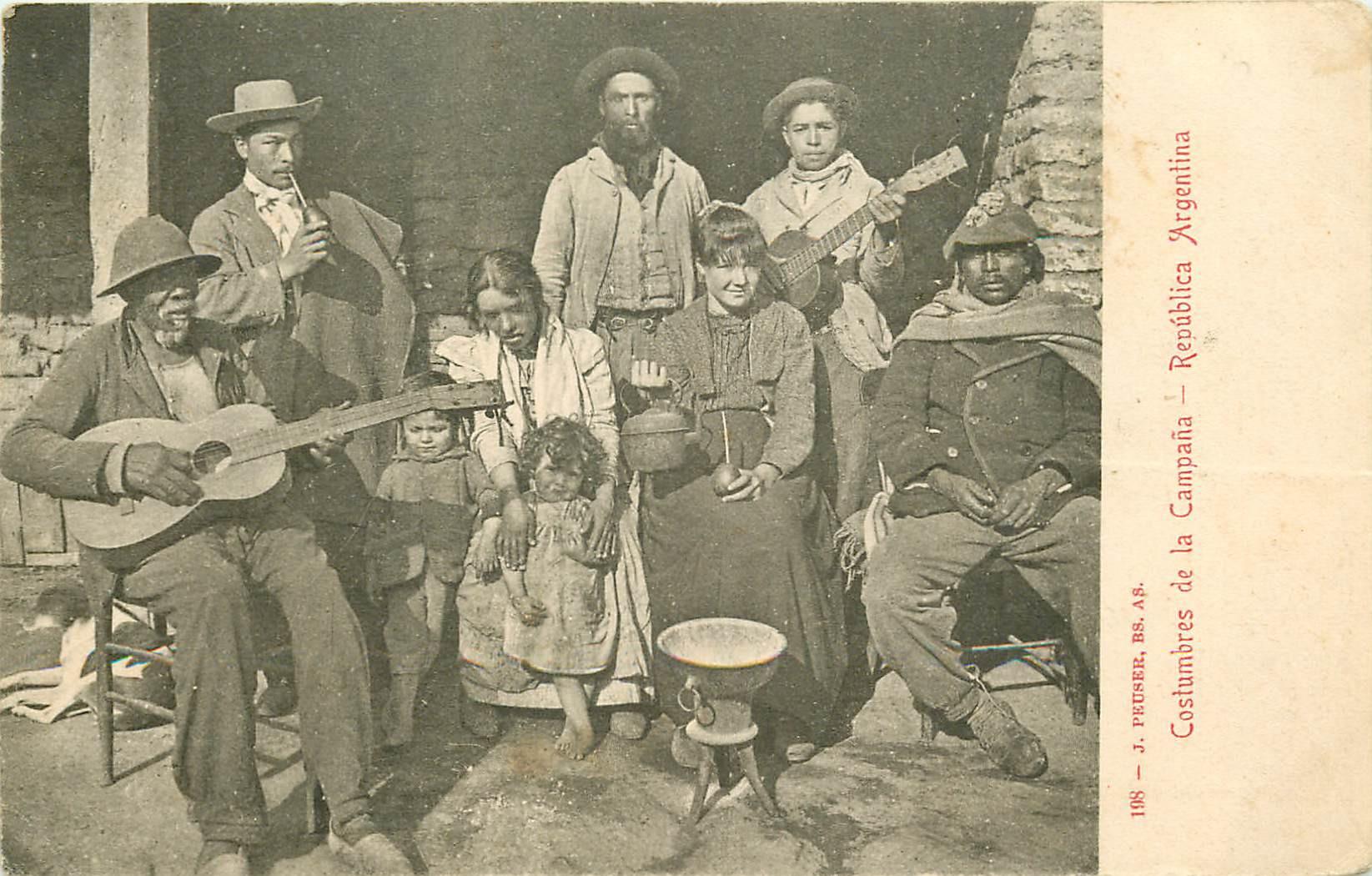 WW ARGENTINE. Costumbres de la Campana avec Guitaristes