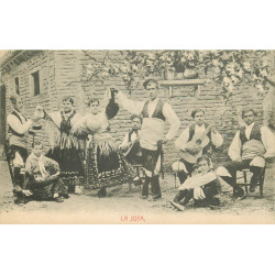 WW Spanje Espagne San Sebastian. La Jota danse Espagnole avec Musiciens