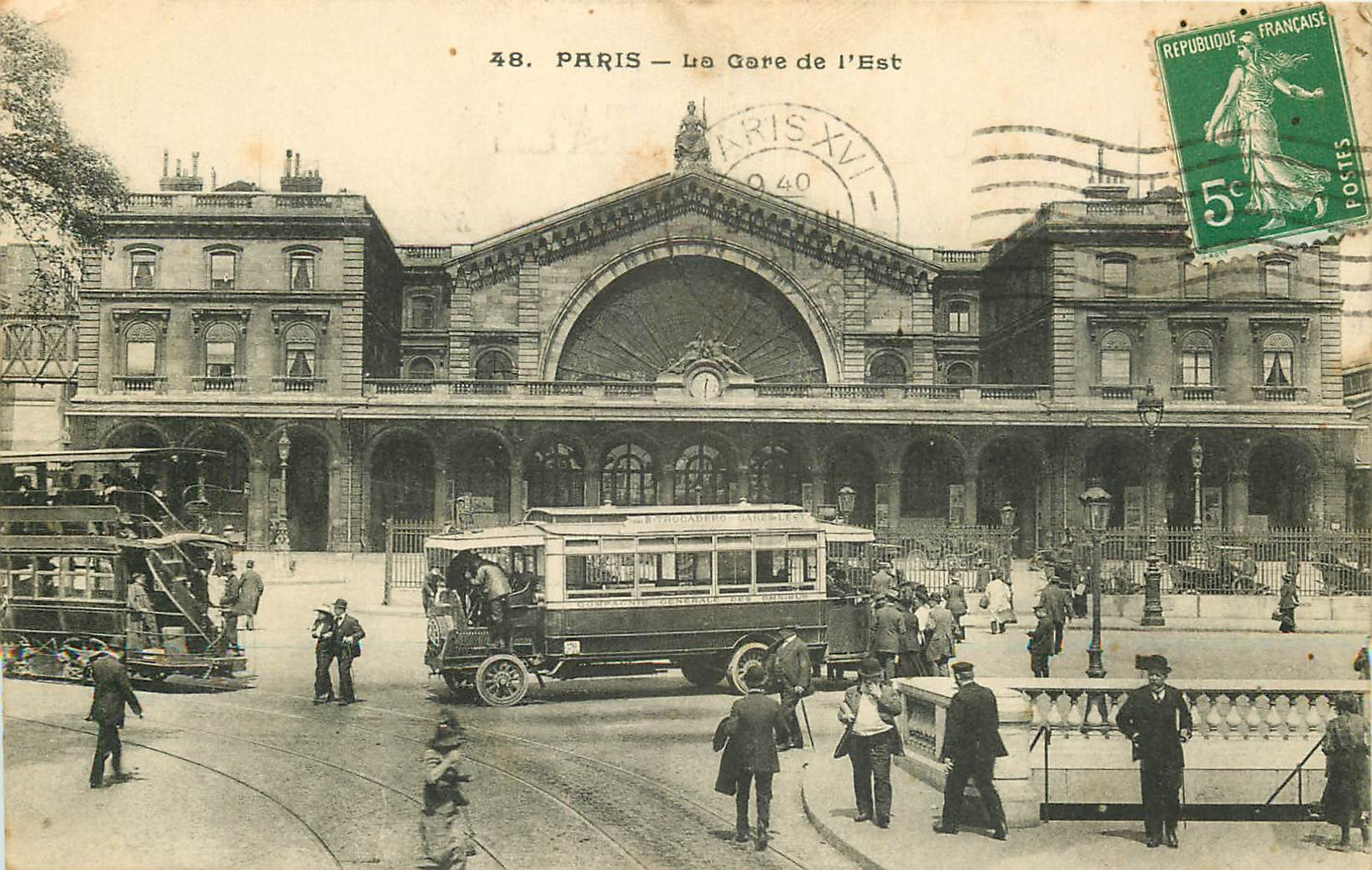 WW PARIS X. Métropolitain, bus et tramway à impérial devant la Gare de l'Est 1913