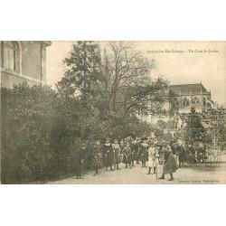 WW 36 CHATEAUROUX. Jeu de Croquet au Jardin Institution Sainte-Solange 1905