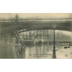 WW PARIS. Inondations Crue 1910. Un intrépide Quai de Passy