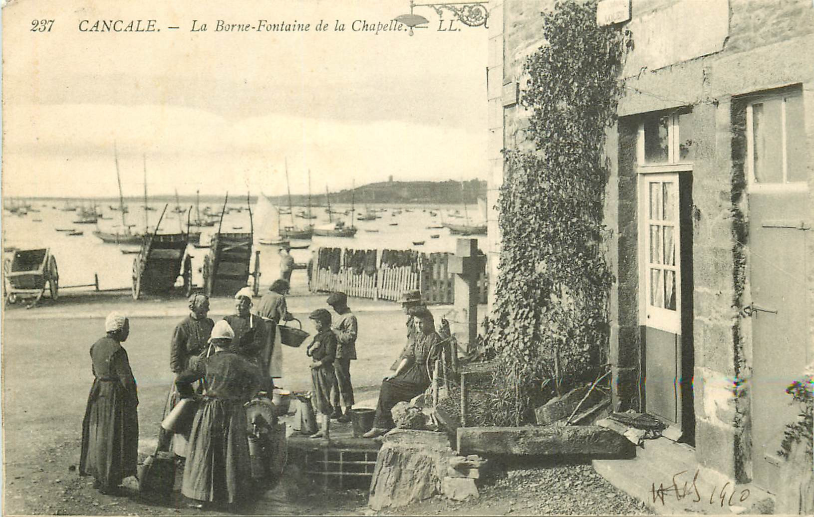 WW 35 CANCALE. La Borne-Fontaine de la Chapelle 1910