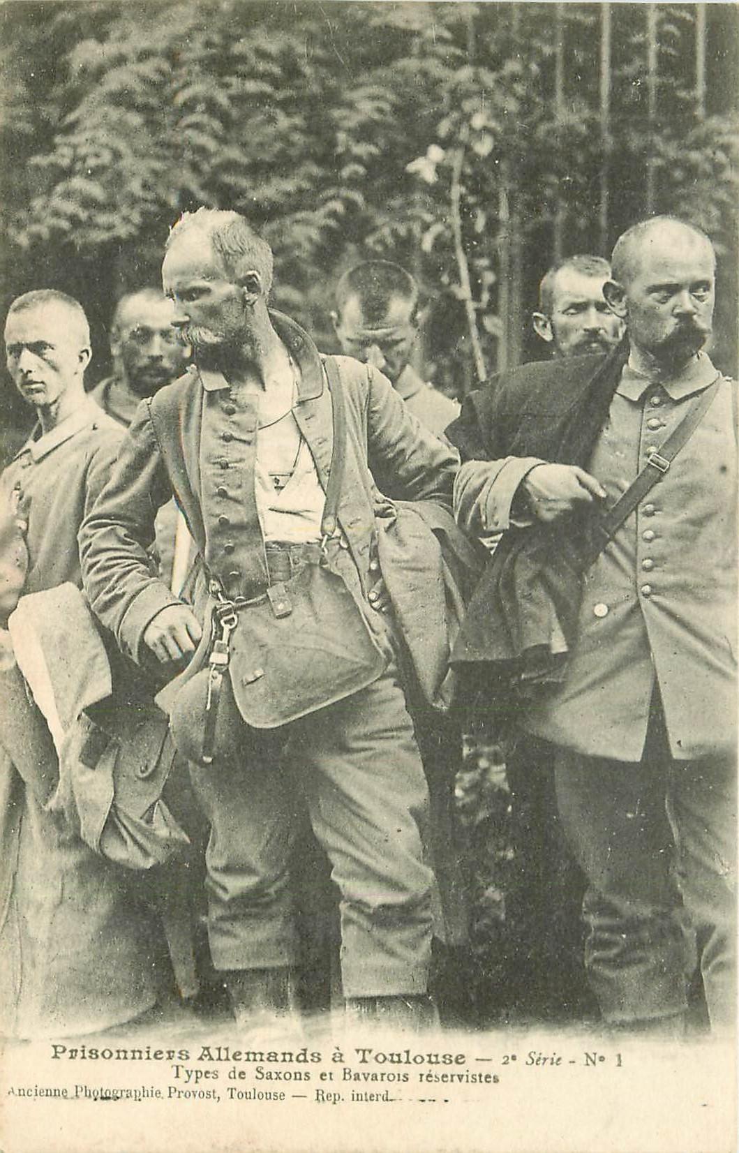 31 TOULOUSE. Prisonniers Allemands types Saxons et Bavarois réservistes