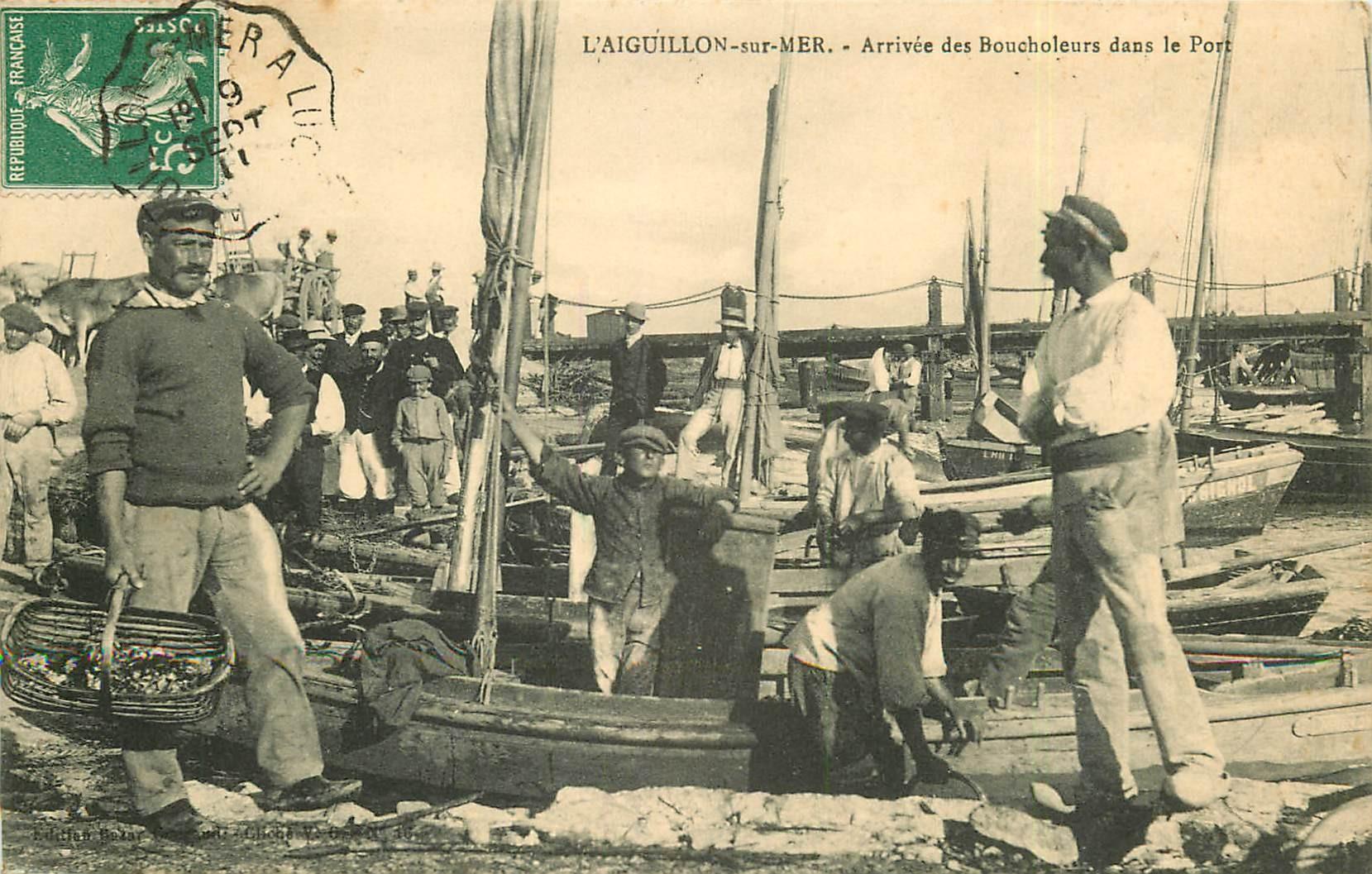 85 L'AIGUILLON-SUR-MER. Arrivée des Boucholeurs dans le Port 1911