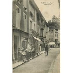 31 SALIES-DU-SALAT. Charcuterie et magasin de cartes postales rue Compans