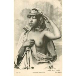 WW AFRIQUE DU NORD. Nus ethniques. Danseuse Bédouine au sein dévoilé